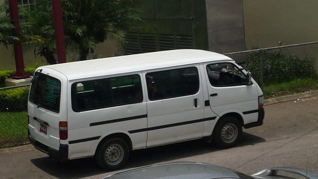 Recherche de Location de Minicar Avec Chauffeur - Autocar-Travel Est la Société qu'il Vous Faut