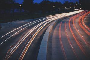 Déplacements en Petit Groupe - Optez Pour la Location de Van Avec Chauffeur