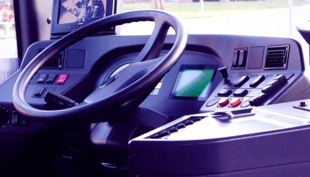 En Quoi la Location de Minicar Avec Chauffeur Est-Elle Avantageuse