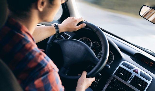 Où Puis-je Louer un Minibus de Luxe Avec Chauffeur